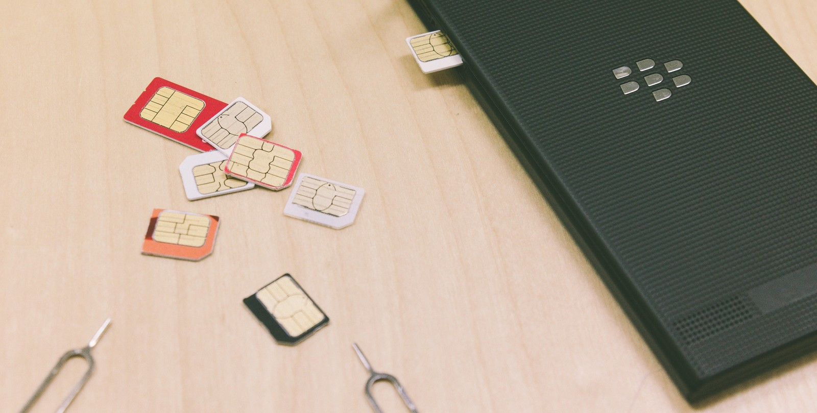 格安スマホ SIMカード