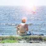 日焼けで黒い肌の男は健康的か!?紫外線の恐ろしさを知る